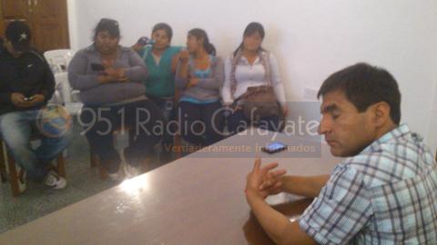Aspecto de la reunión del Intendente Almeda con los manifestantes