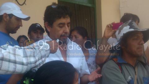"""El Concejal Daniel """"Toto"""" Pérez explica su posición a la gente"""
