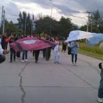 Tras forcejeos con la policía se instalaron carpas docentes en el Grand Bourg