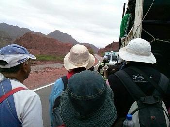 Los peregrinos del Milagro llegaron al Puente Morales