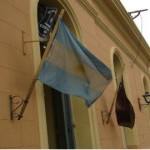 Derivan a Salta en estado grave a un joven brutalmente golpeado