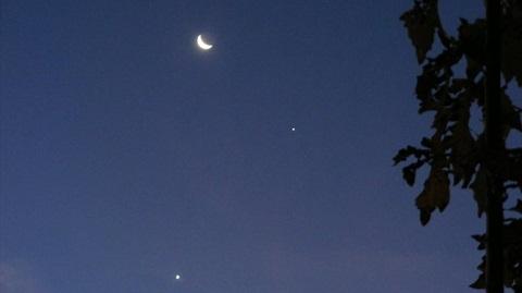 Venus, Júpiter y la Luna ofrecieron un show celestial