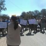 Vecinos hartos: cortaron la Ruta 40 en San Carlos por la falta de agua