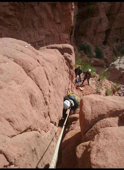 Los Bomberos de Cafayate durante las tareas de rescate en la Quebrada de Las Conchas