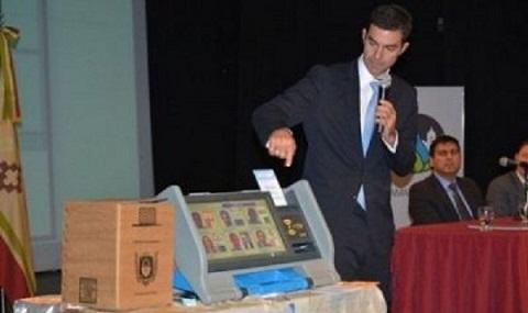 Juan Manuel Urtubey es promotor del cuestionado sistema