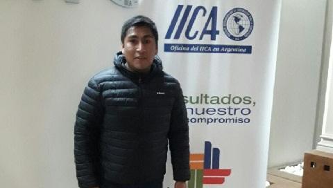 El Concejal Rodrigo Chocobar en Buenos Aires durante la reunión en el IICA