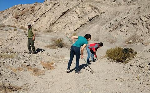 Este jueves personal de Medio Ambiente de la provincia trabajó acondicionando el lugar de la liberación de Qhawak