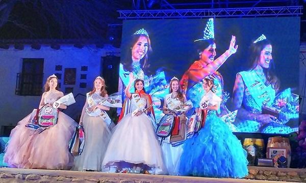 Las elegidas saludaron a los presentes en la Bodega Encantada