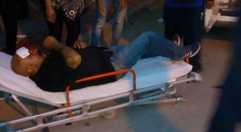 El hombre agredido al ser trasladado el hospital