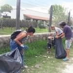 Vecinos limpiaron basura de la Serenata