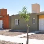 Empresa social cafayateña construye un prototipo de vivienda ecológica