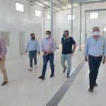 La provincia avanza con la construcción de viviendas y el matadero en San Carlos